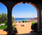 Rif. 115 – Villa fronte mare