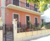 Rif. 329 – Appartamento in villa