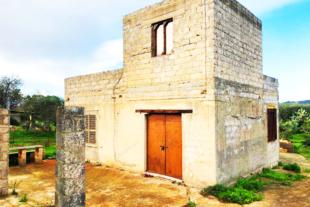 RIF. 552 CASETTA DA RISTRUTTURARE IN C.DA FALCONARA – NOTO